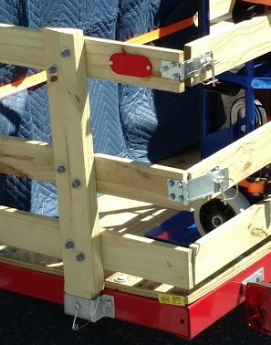 Closeup of the rear gate for the Harbor Freight Trailer