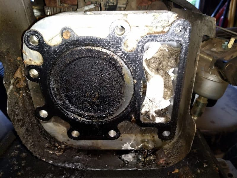 Blown Head Gasket - Briggs and Stratton engine on a Sears Craftsman LT 1000 Lawn Tractor